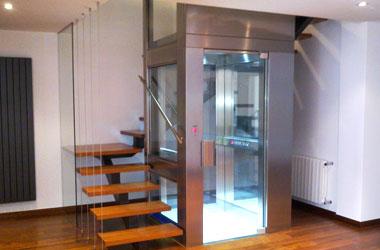 Instalacion ascensores hueco escalera